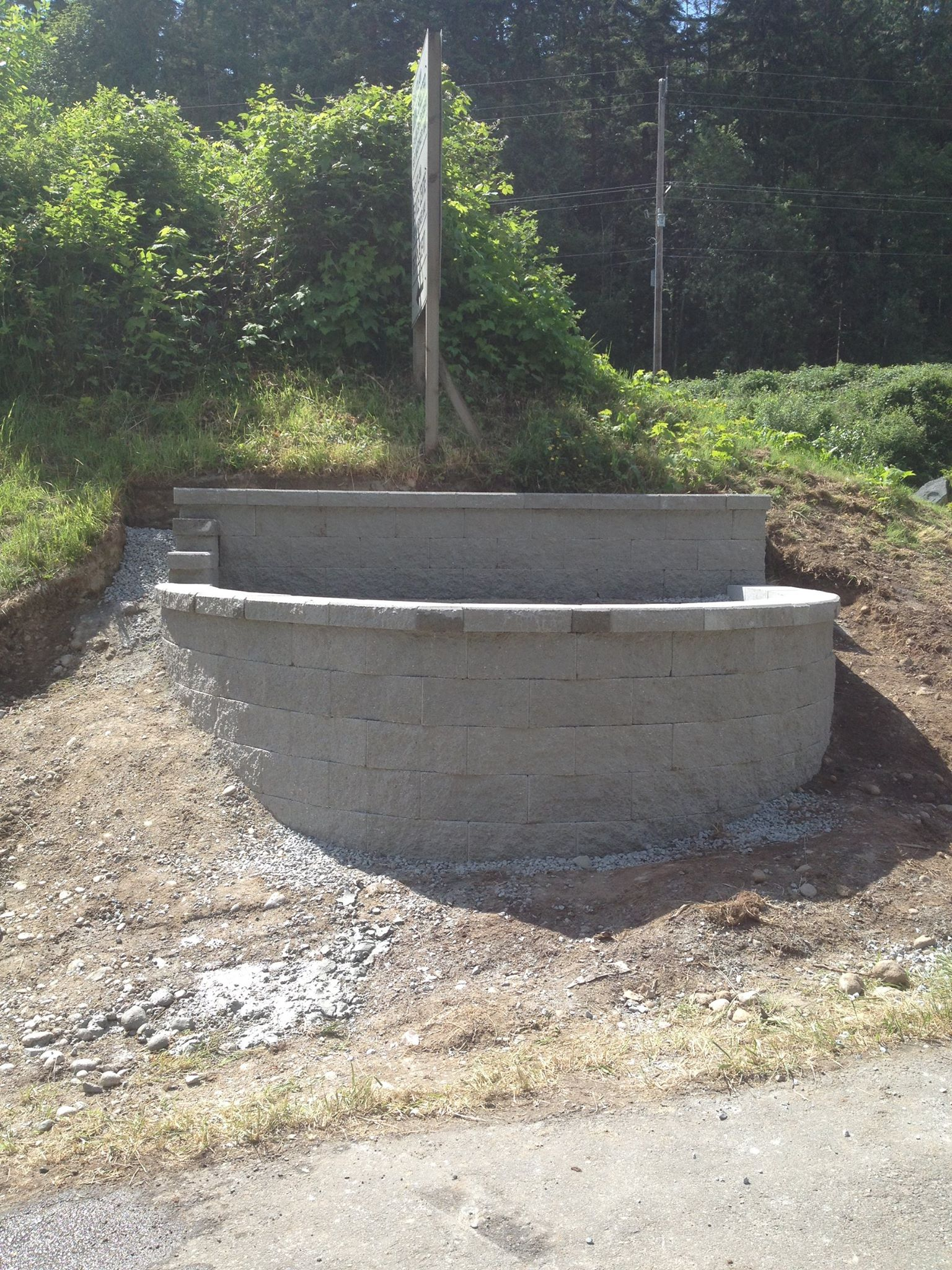 Semi Circular Retaining Wall